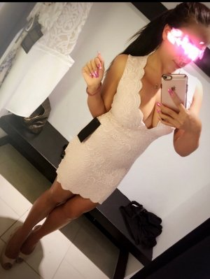 Marie-pascale live escort in Charlotte & sex dating
