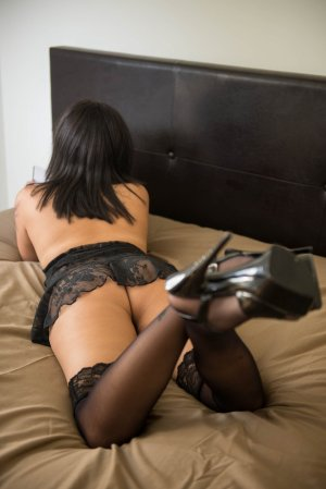 Diankemba independent escort in Murrysville