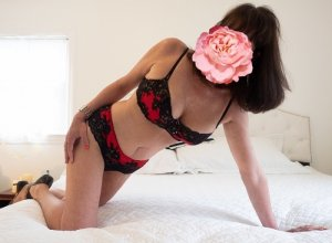 Marny speed dating & live escort