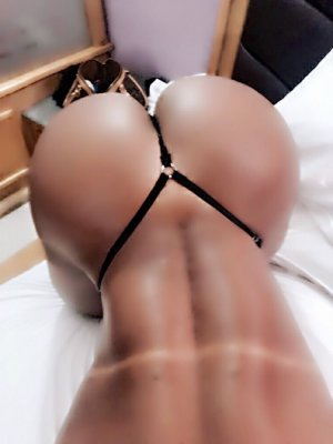 Rosina escort girl in Doraville